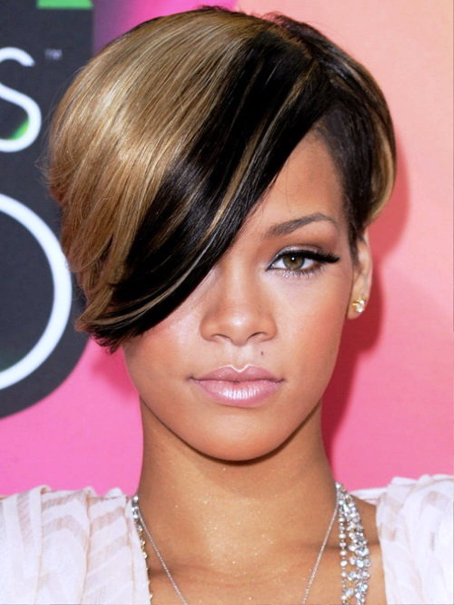 Rihanna hairstyles 2017 2018 short medium and long length hair singer rihanna hairstyles 2016 2017 straight short brown hair with bangs urmus Gallery
