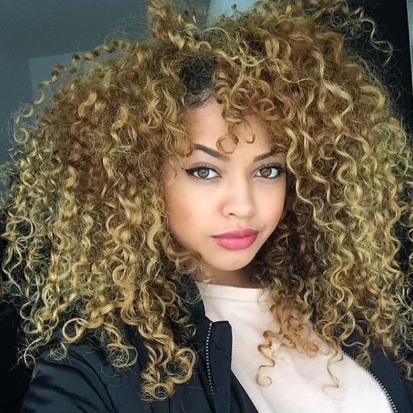Curly Frisuren für Frauen 9