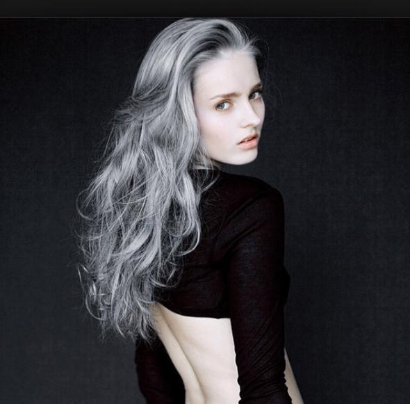 Beste Ideen Long Layered Grey Frisuren und Haarschnitte