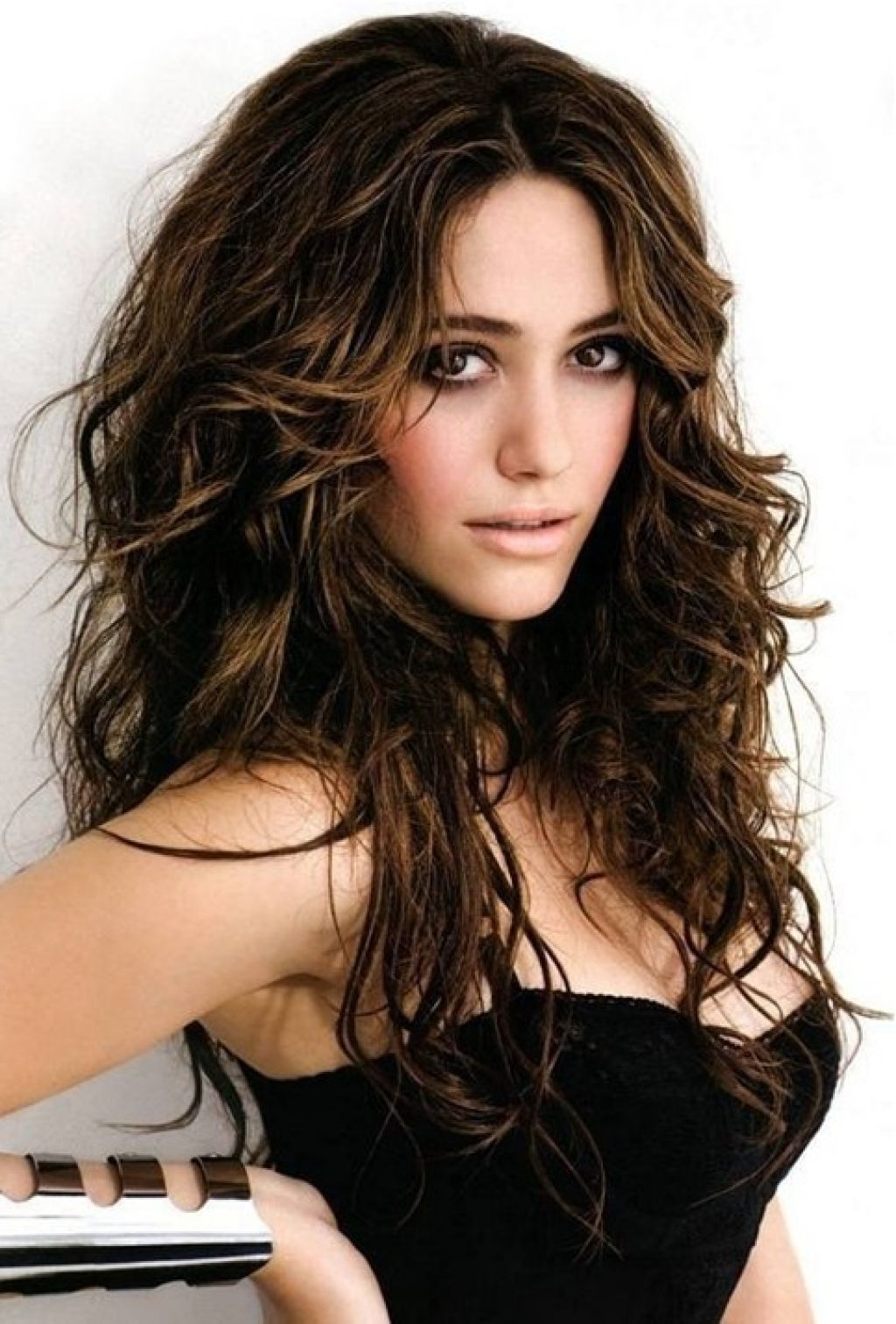 Hairstyle For Long Wavy Hair Women and great idea