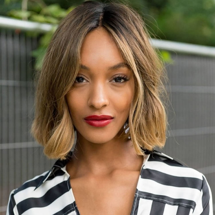 Center part medium Bob hairstyles for black women