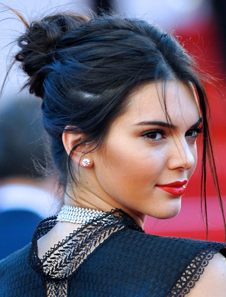 Bun Hairstyle Ideas & Tutorials With Pictures And Videos