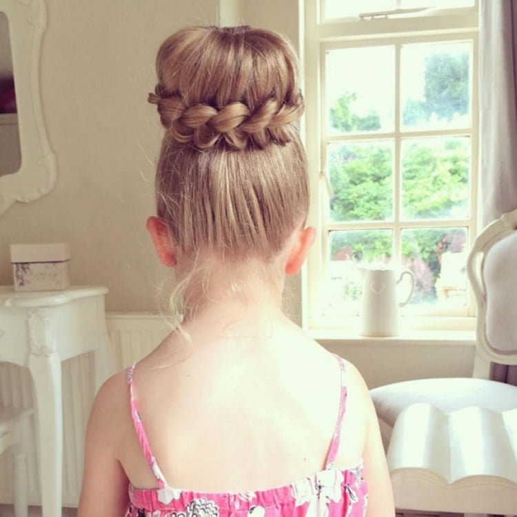 Pretty Buns Hairstyles For Little Girls Hairstyles