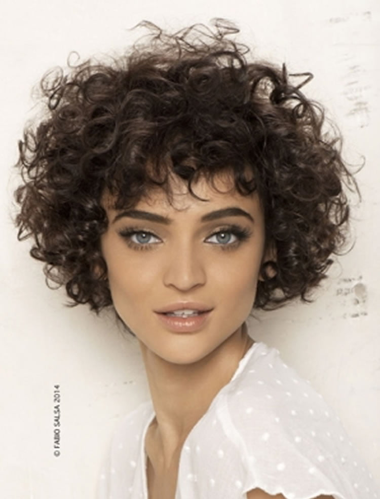 30 Most Magnetizing Short Curly Hairstyles for Women to Try in ...