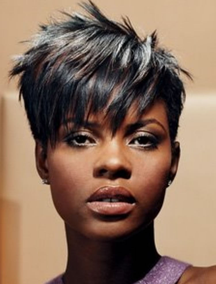 Lovely Short Messy Haircuts With Square Faces For Black Women 2017