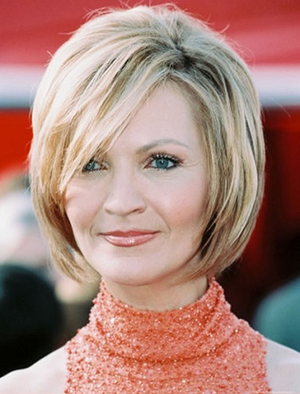 Short short hairstyles for women over 60