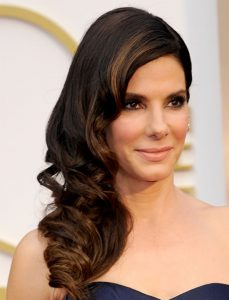 Best Side Wavy Long Hairstyles for Women Over 50 | HAIRSTYLES