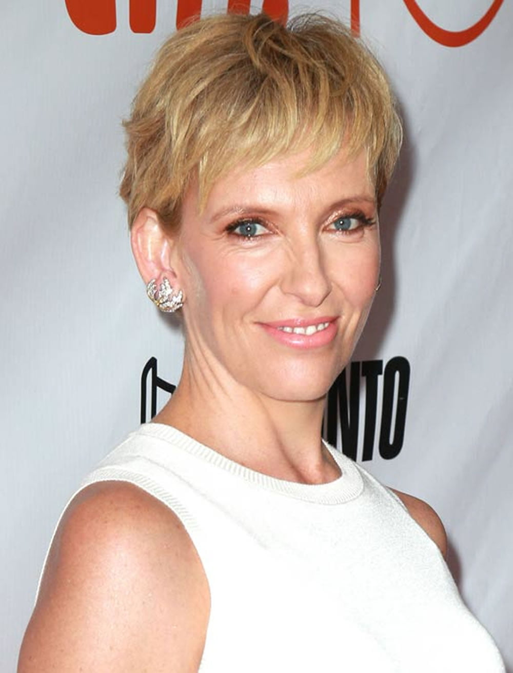 33 Top Pixie Hairstyles For Older Women