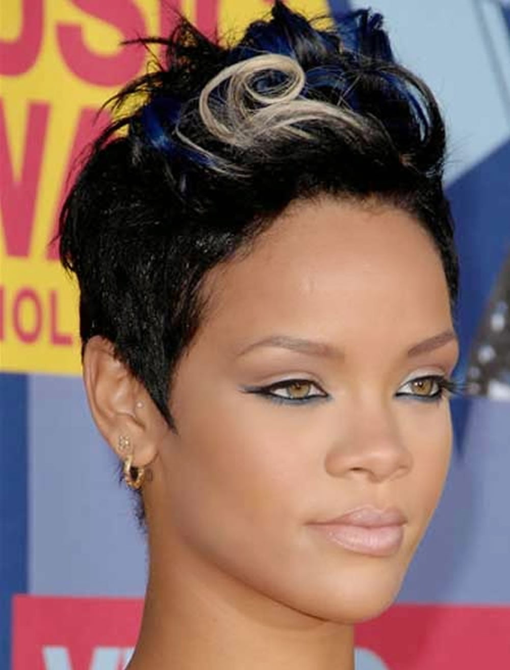 The Best Short Haircuts that are the most trendy for women for 2017