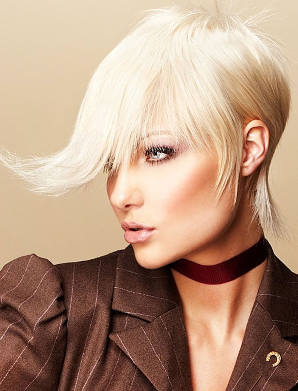 24 Asymmetric Short Long Bob Haircuts For Women Page 2 Of 4