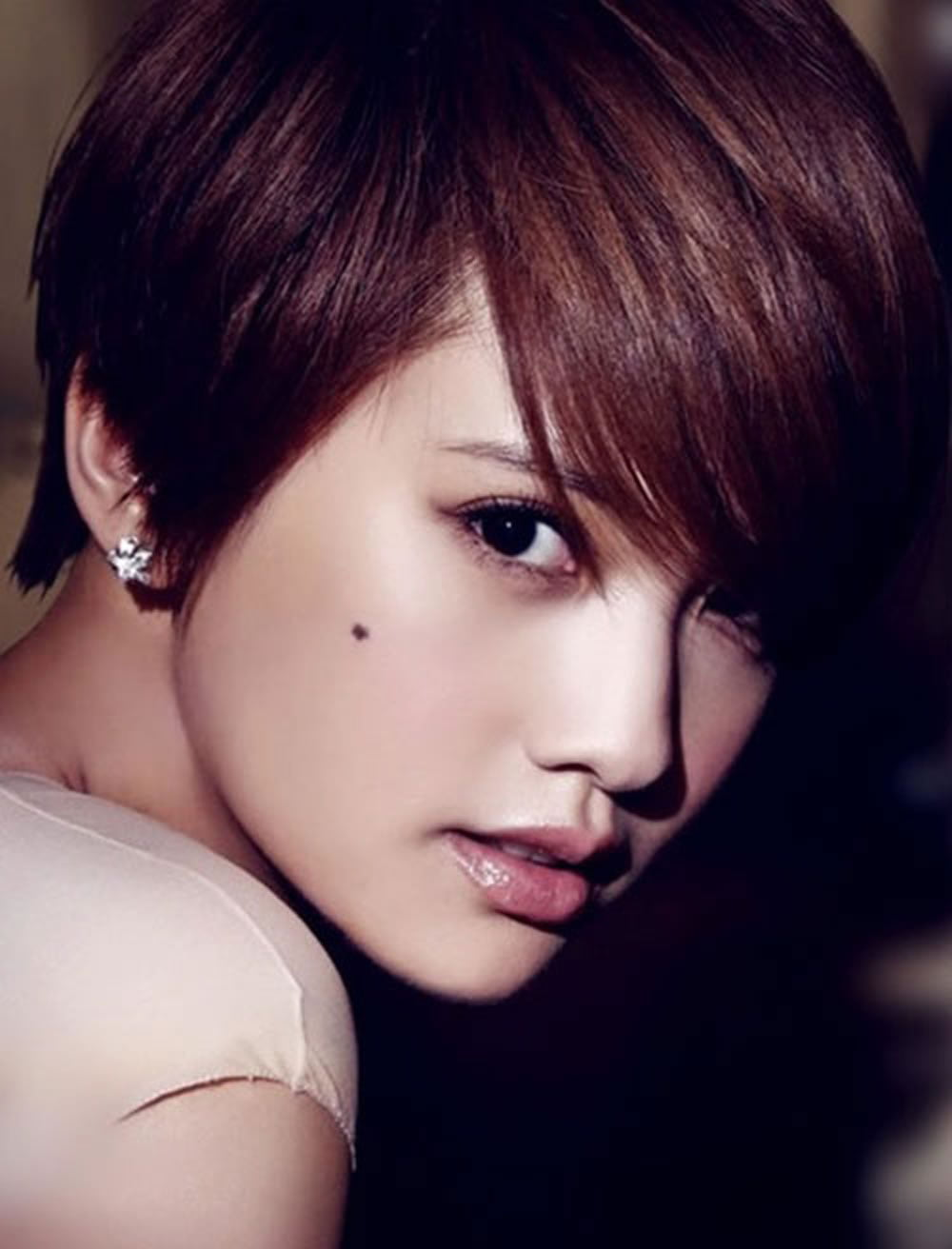 50 Glorious Short Hairstyles For Asian Women For Summer