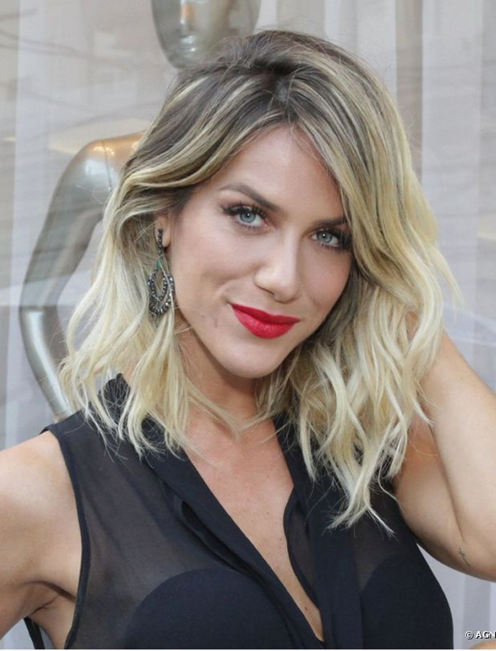 2018 Long Hairstyles and Haircuts for Swanky Women | Page ...