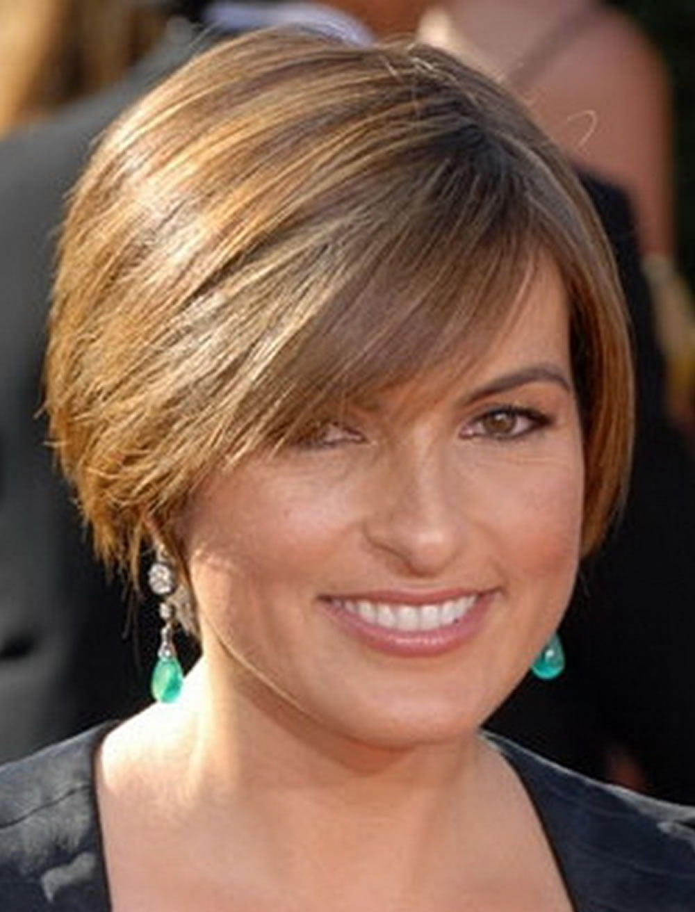 Short Haircuts For Round Face Thin Hair Ideas For 2018 Page 3