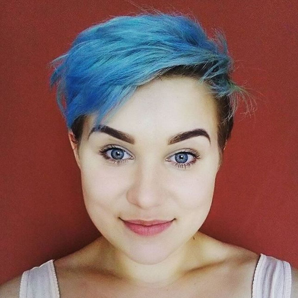 short haircuts with blue highlights - Haircuts Models Ideas
