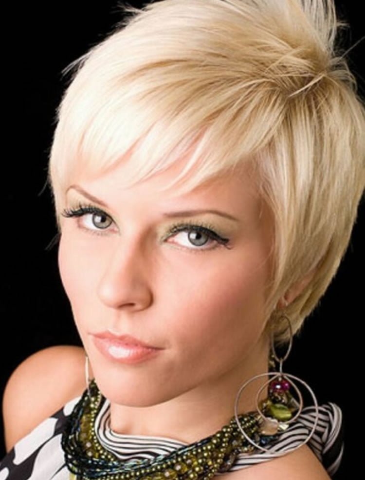 Trendy Hairstyles 2014: Trendy Short Pixie Haircuts For Women 2018-2019