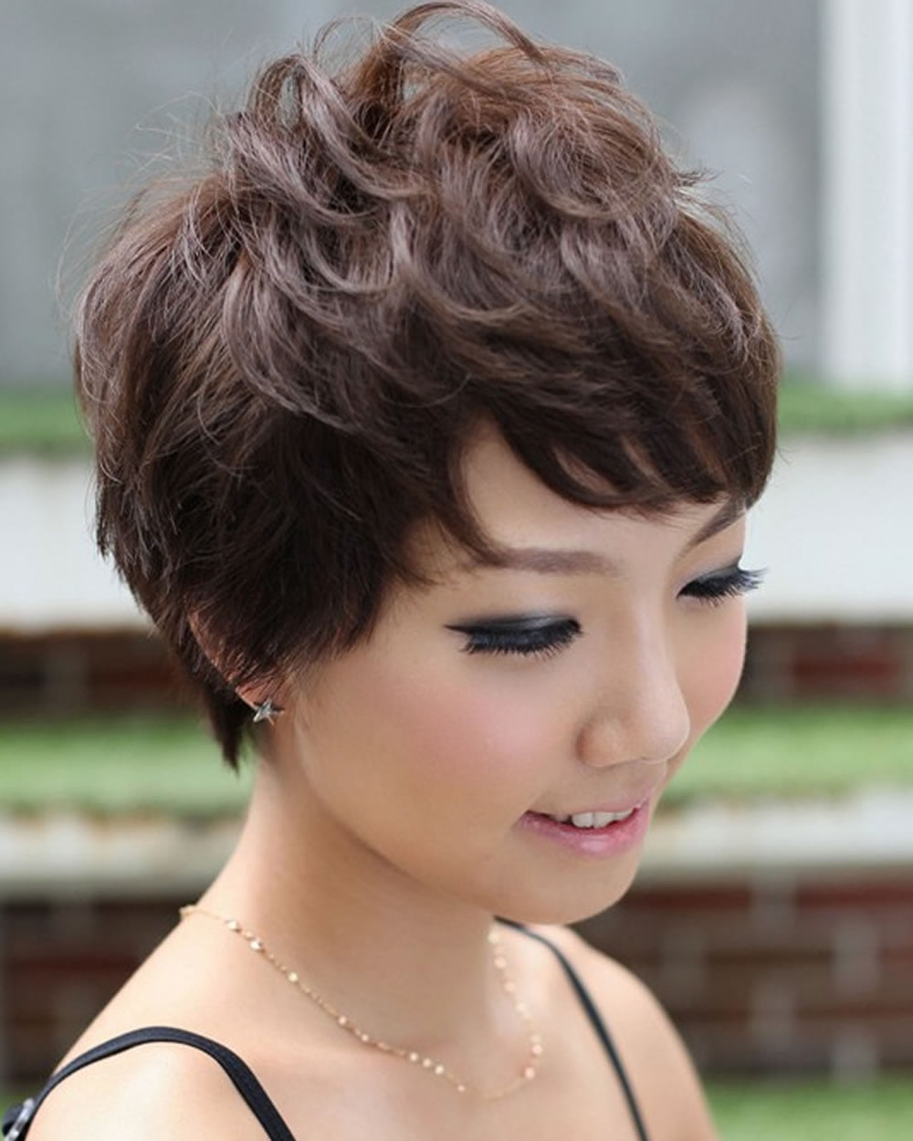 how to cut a pixie hairstyle