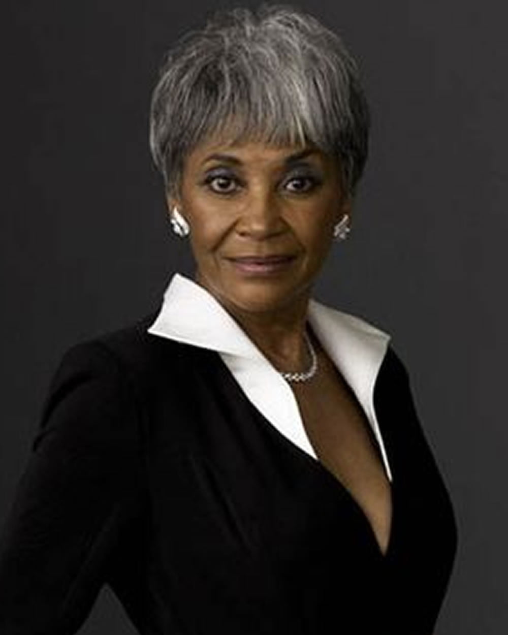 Short Haircuts Black Older Women Over 50 for 2018-2019 ...