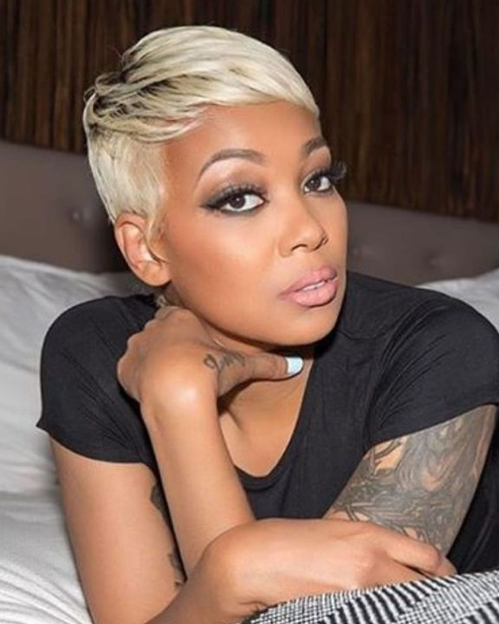2018 short haircuts for black women over 40 with fine hair - Coupe courte blonde ...