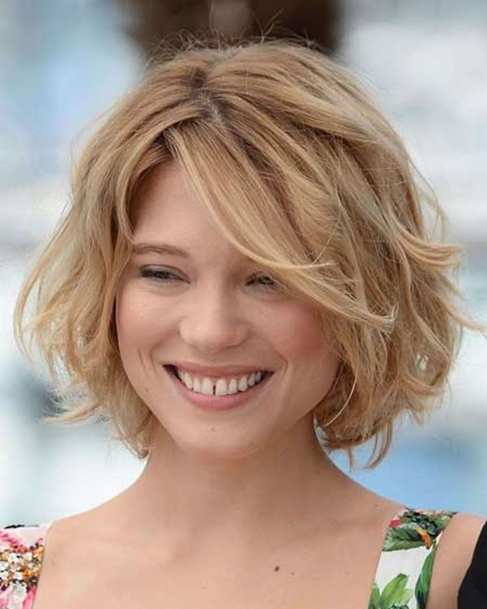 Curly Wavy Short Hairstyles And Haircuts For Las 2018 2019