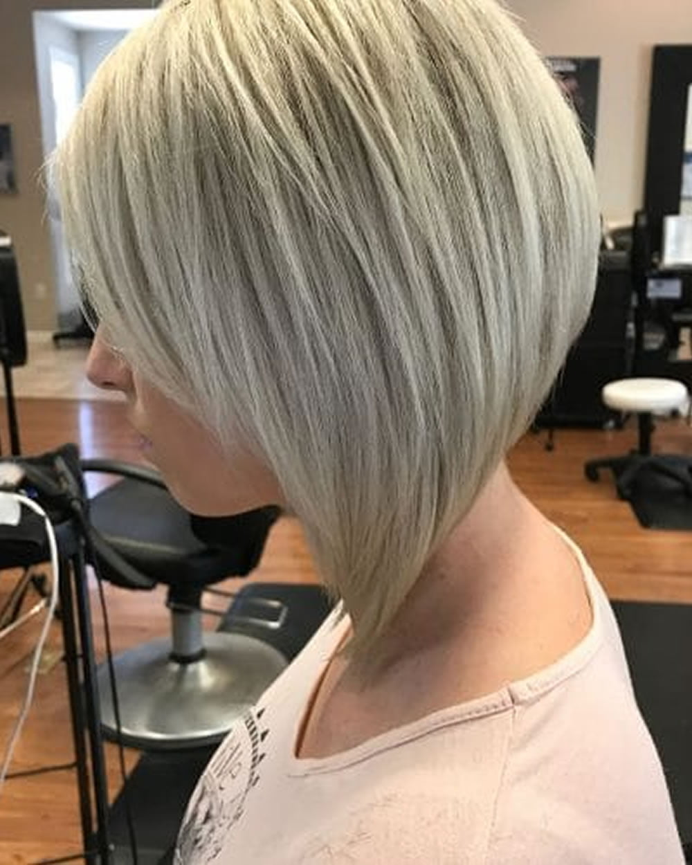 Pictures Of A Line Haircuts 63