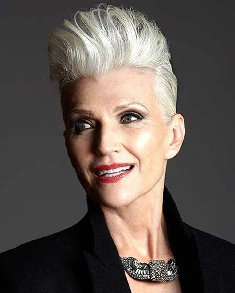 Haircuts For Women 60 Years Old: 25 Easy Short Pixie & Bob Haircuts For Older Women Over 50