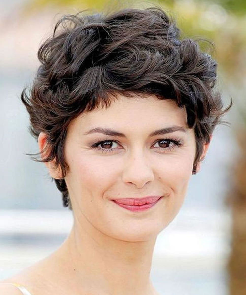 how to style a short pixie cut