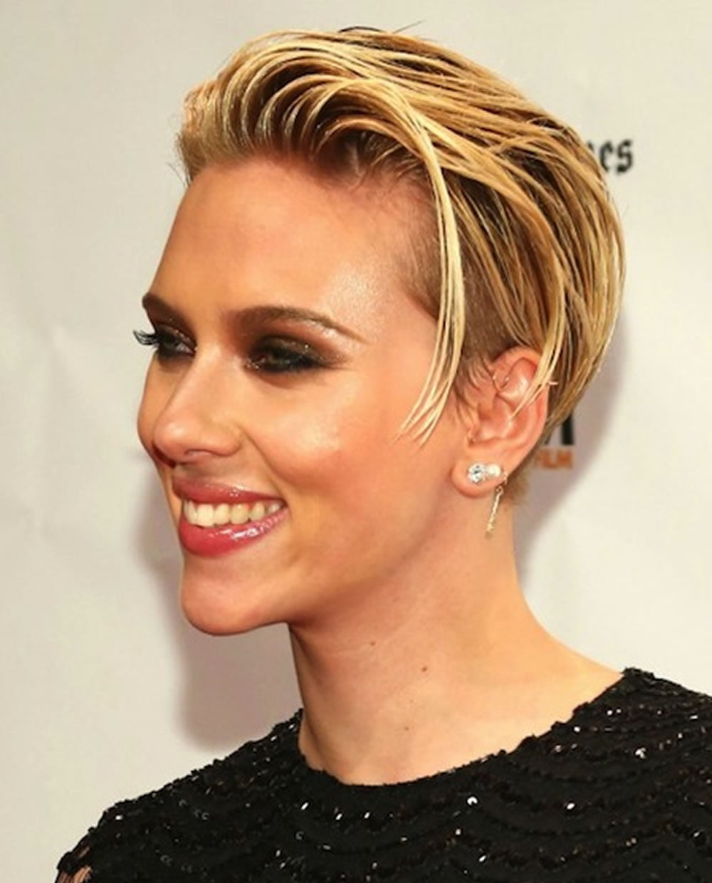 Scarlett Johansson S Hairstyles 2018 Amp Bob Pixie Haircuts For Short Hair Page 10 Hairstyles