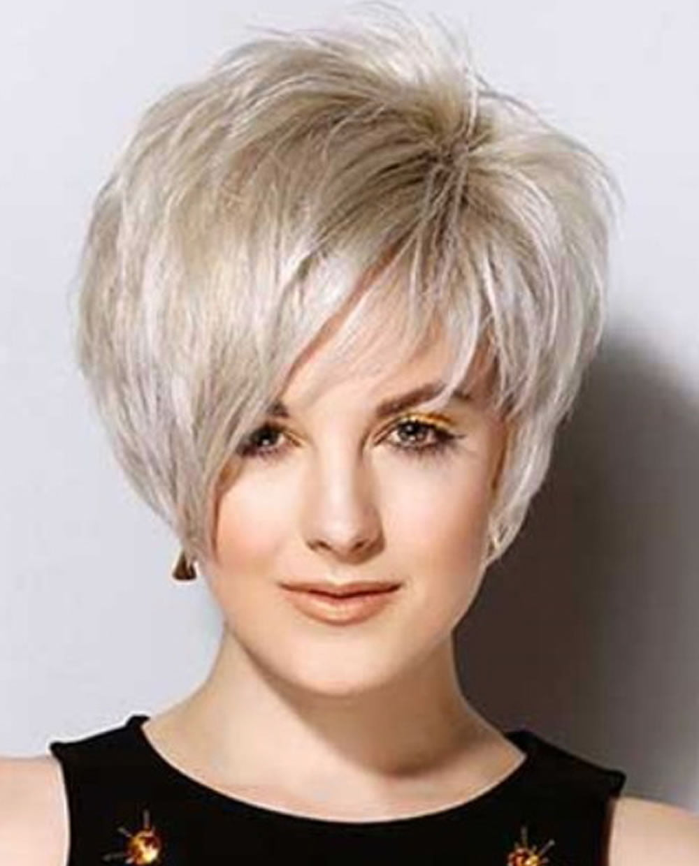 16 Cute Hairstyles for Short Hair