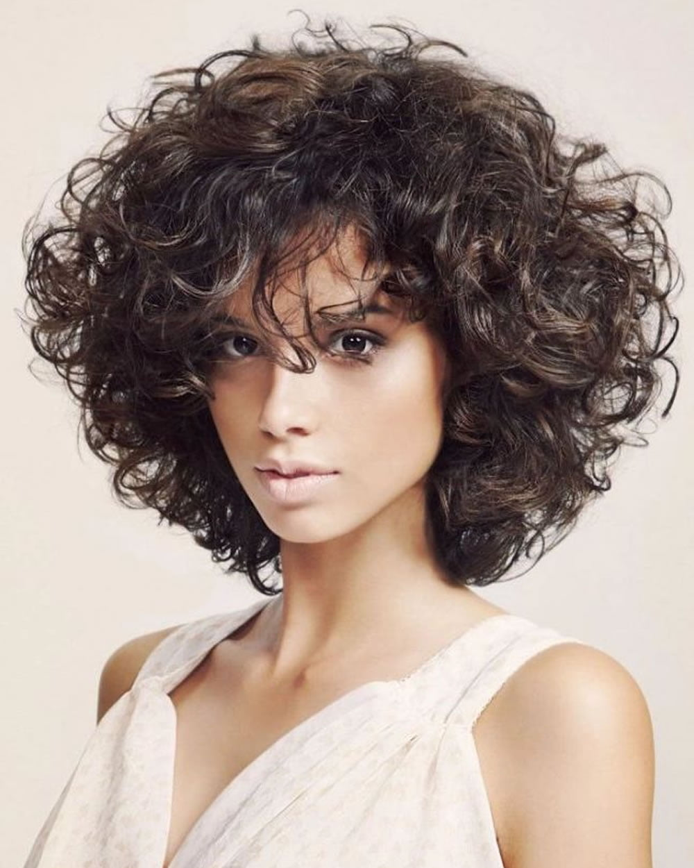 Curly Or Wavy Short Haircuts For 2018 25 Great Short Bob Hairstyles For Your Face Shape
