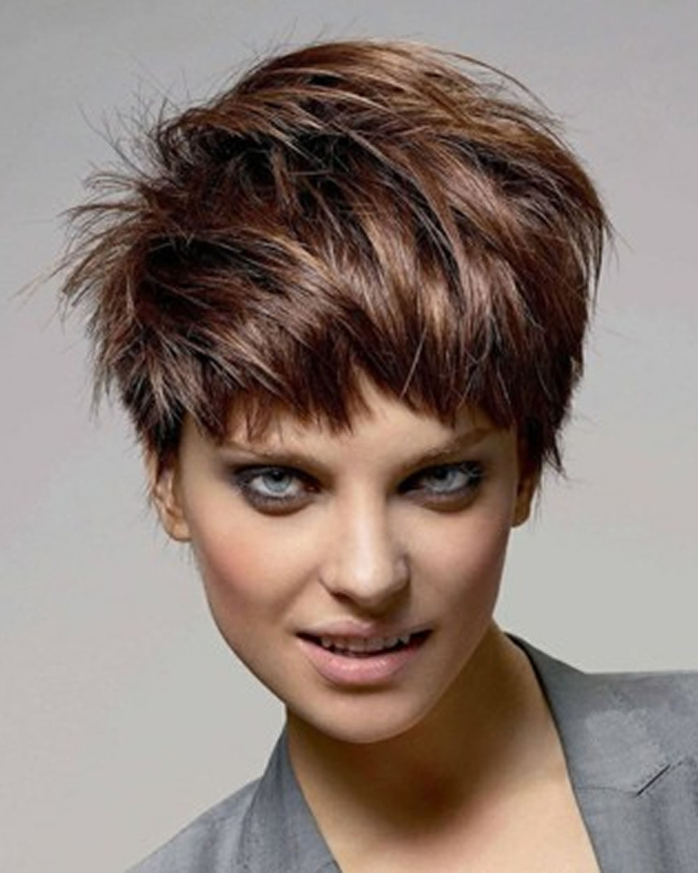 Pixie or Short Hairstyle Images & Short Hair Cut Inspirations for Summer 2018-2019