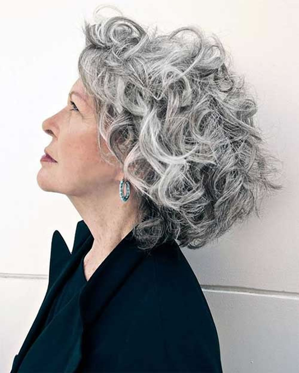 Short Gray Hairstyles for Older Women Over 50 – Gray Hair Colors ...