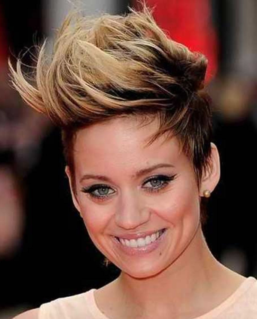 Short Ombre Pixie Haircut For 2018 Amp Short Hair Colors