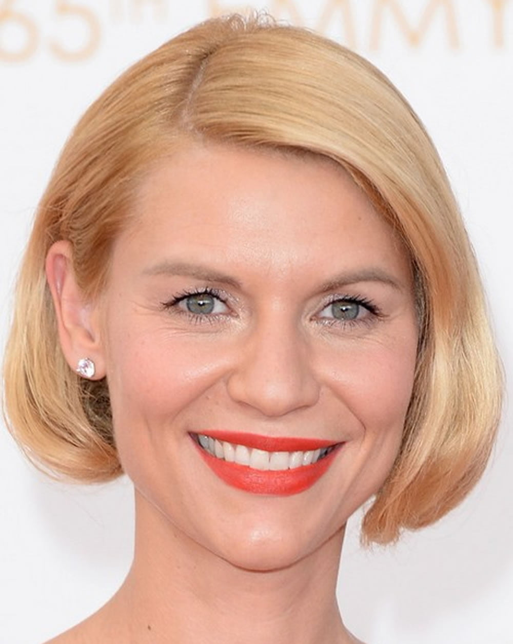 23 Easy Short Hairstyles For Older Women You Should Try