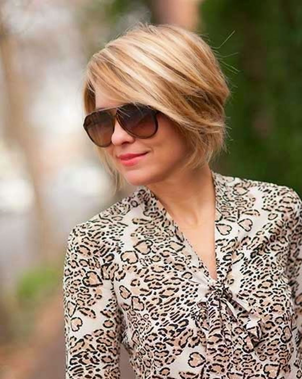 23 Easy Short Hairstyles for Older Women – You Should Try! – Page 6 ...