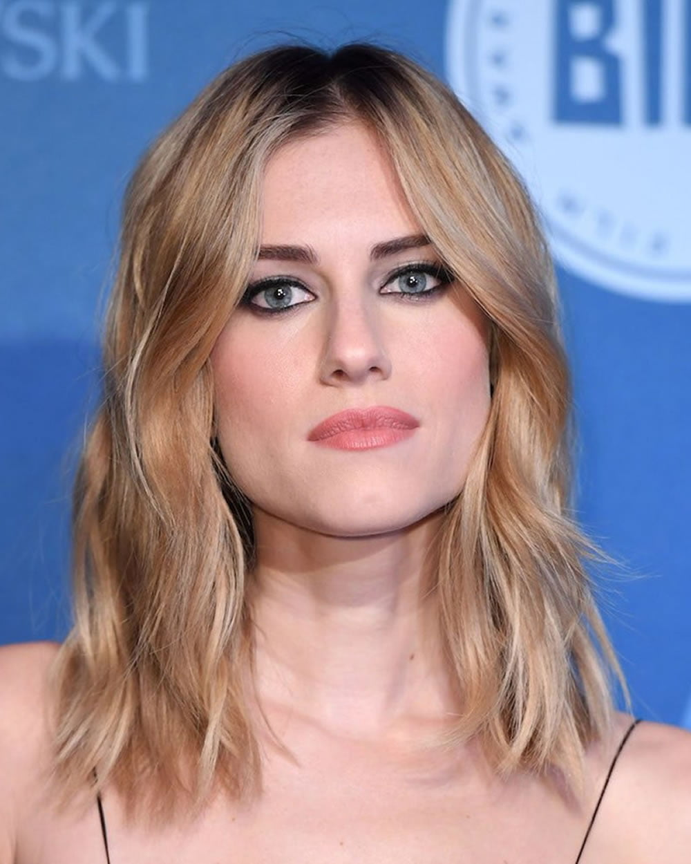 Trendy Hair Color: Short Haircuts for Straight Hair recommendations