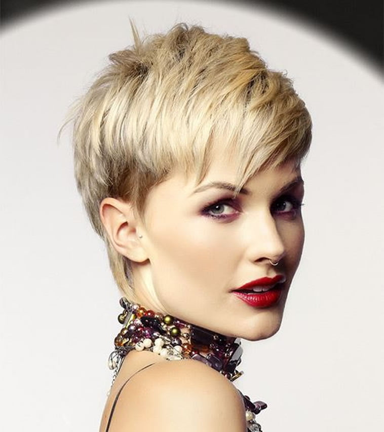 Current Hairstyles 2019: 44 Easy Short Hairstyles For Fine Hair 2018-2019