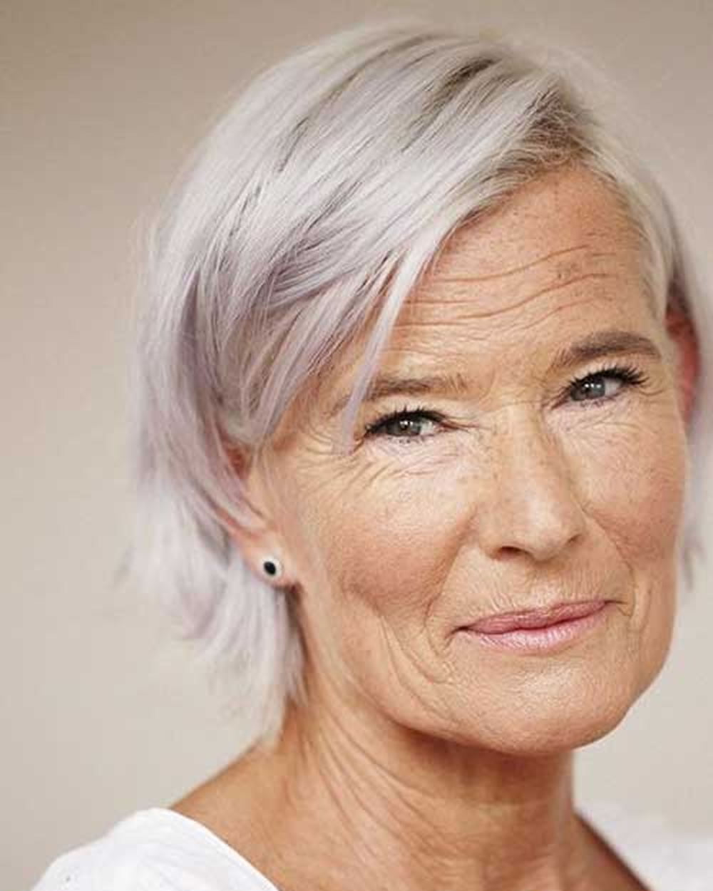 Short Haircuts for Older Women Over 60 – Page 2 – HAIRSTYLES
