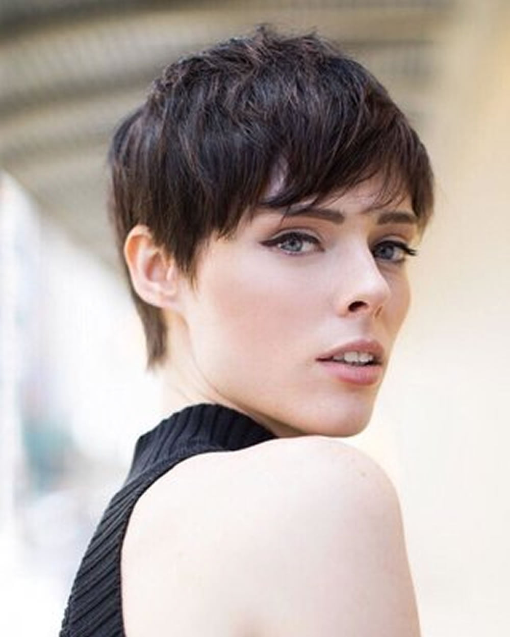 Beautiful Short hairstyles and haircuts