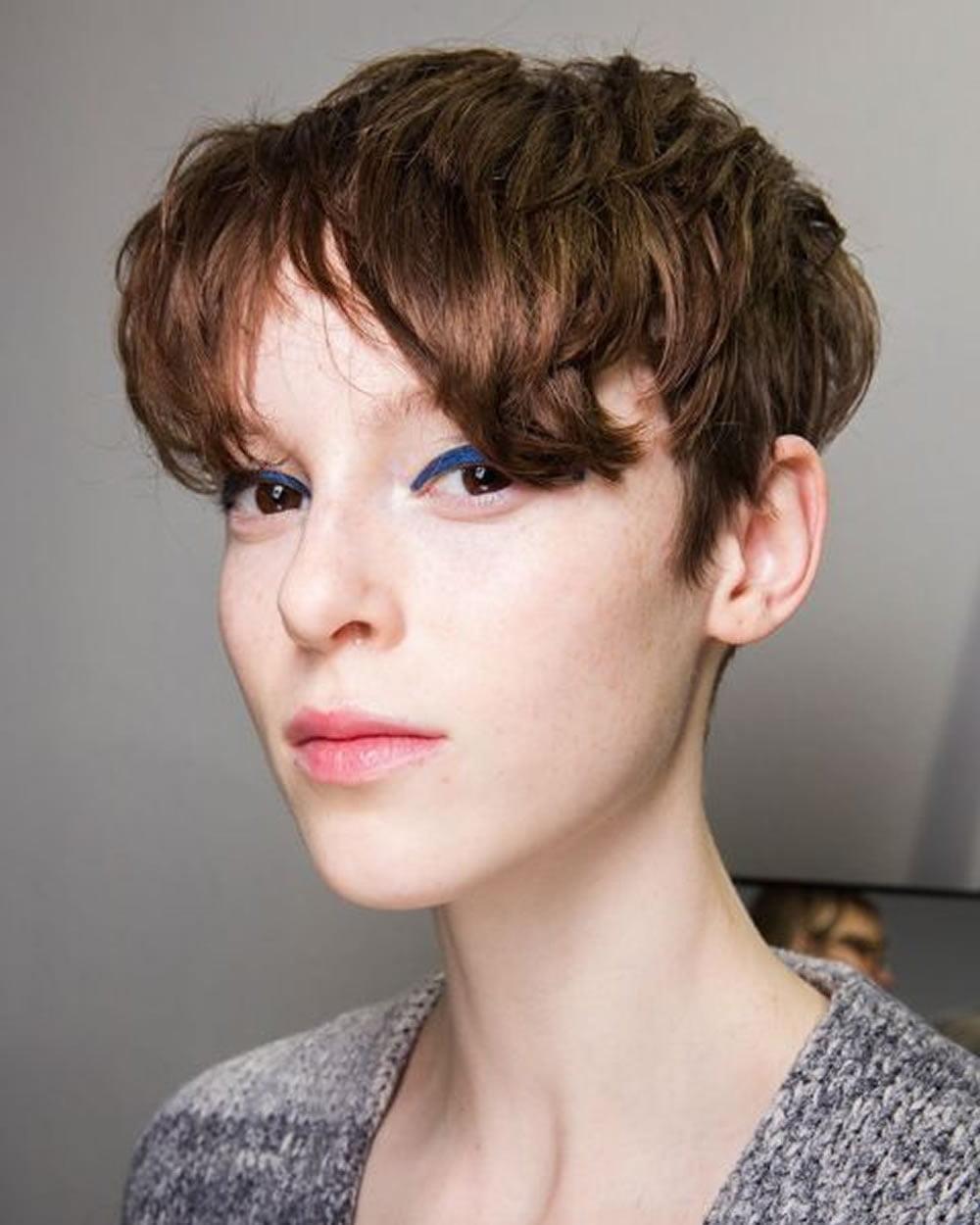 pixie short hair style