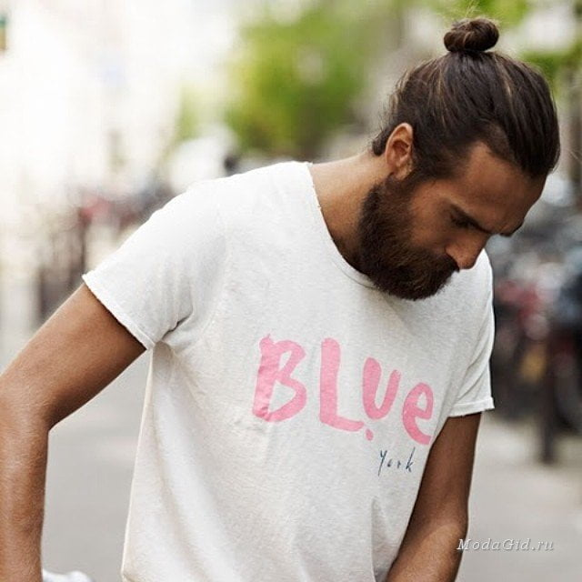 Long bun Hairstyles for men 2017 with beard