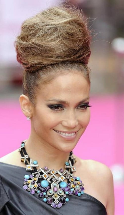 Fabulous Bun Hairstyles winter 2017 Straight hair for women