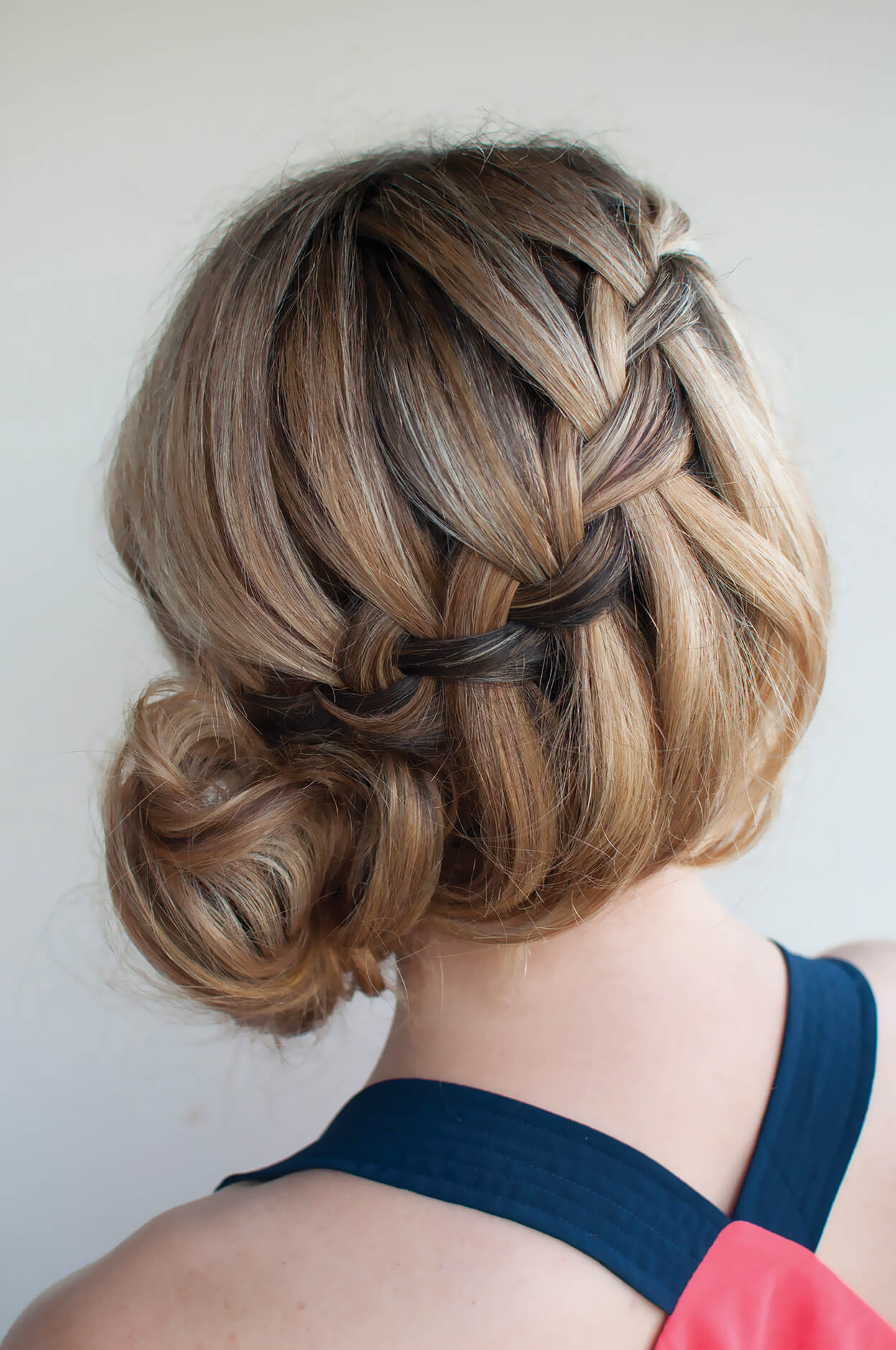 Fabulous Waterfall Buns Hairstyles for women 2017