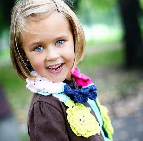 Little Girls Hairstyles Haircuts 2016-2017 Blonde Side Straight Hair