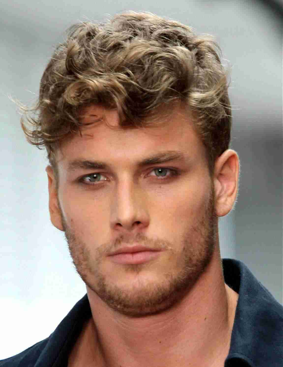 Short Cury Hairstyles For Men With Round Faces 2017 Hairstyles