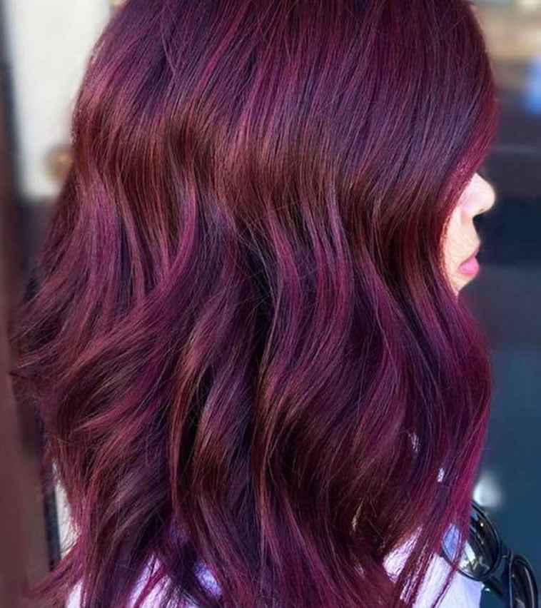 two tone wavy medium hairstyles