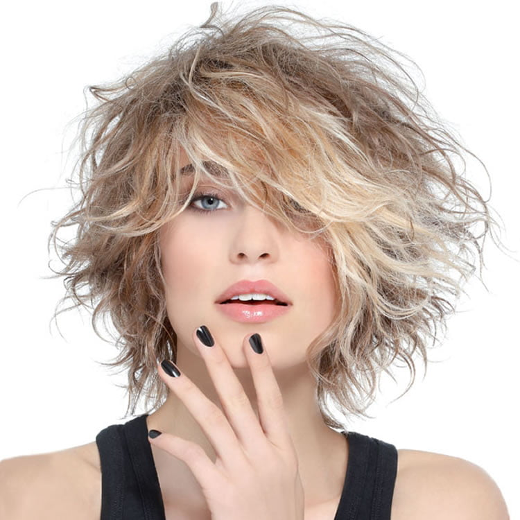 Messy Curly Bob Hairstyles for Blonde Women