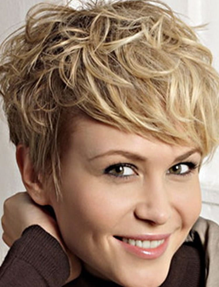 haircuts medium hair wavy hairstyles for medium hair best 46 6176