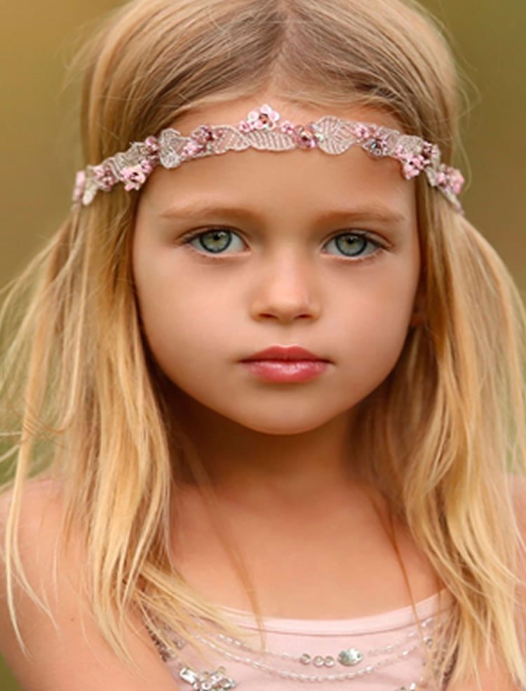 54 Cute Hairstyles for Little Girls – Mothers Should ...