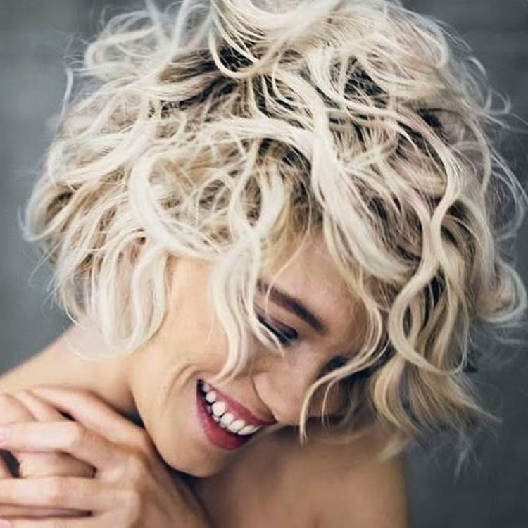 30 Most Magnetizing Short Curly Hairstyles For Women To Try In 2017
