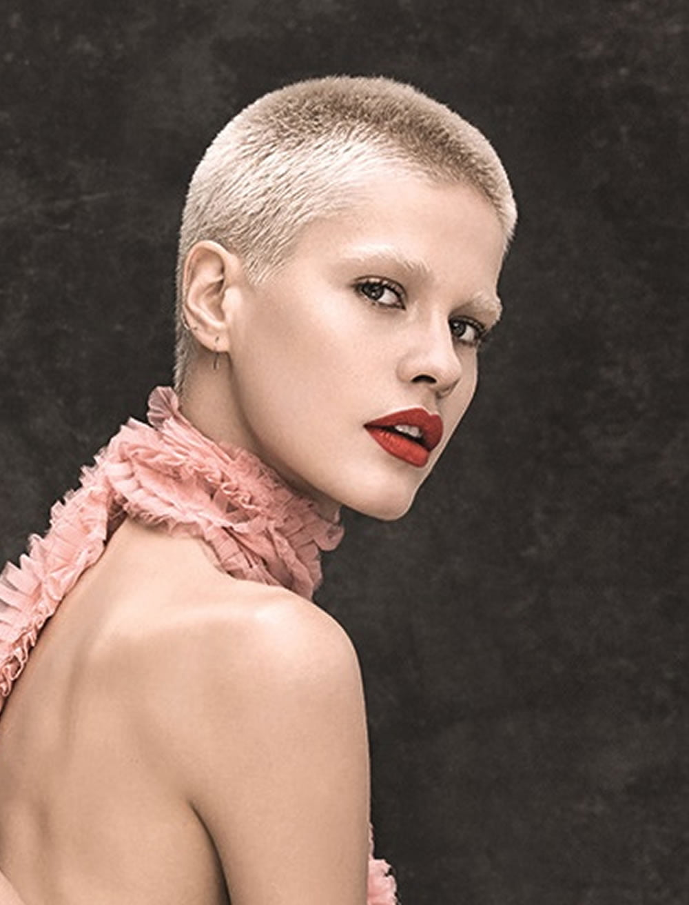 Very Short Pixie Haircut Tutorial & Images for Glorious Women 2019-2020 - HAIRSTYLES